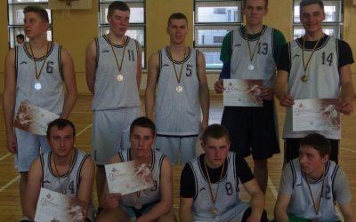 Antra vieta finalinėse regiono krepšinio varžybose